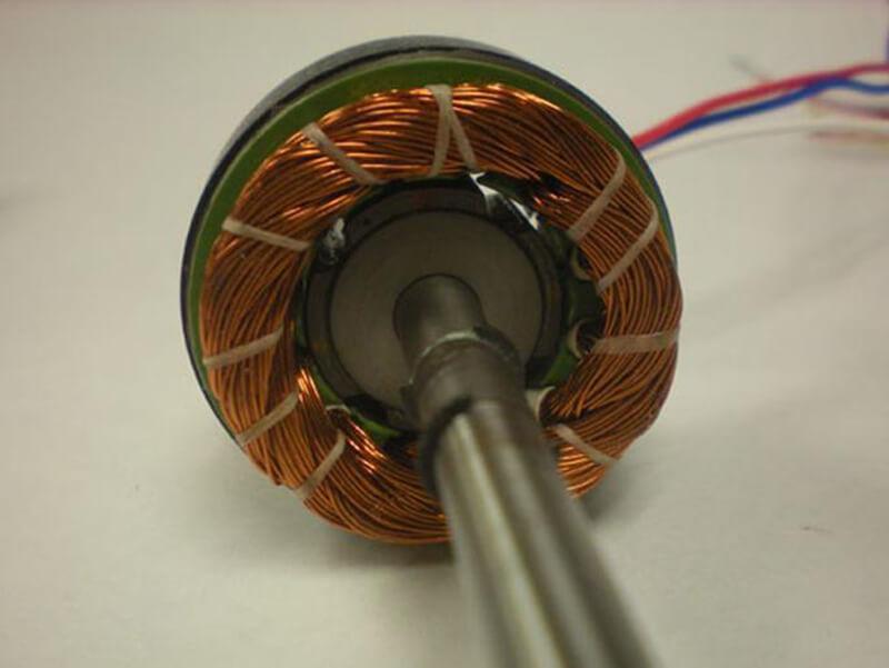 Động cơ BLDC hiện nay cũng đang được sử dụng để làm quay ổ đĩa cứng