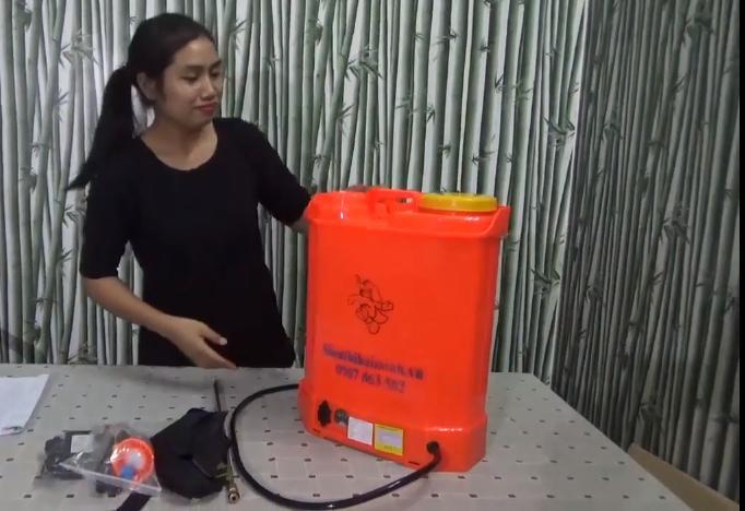 Motor bình phun có cấu tạo gồm 2 phần