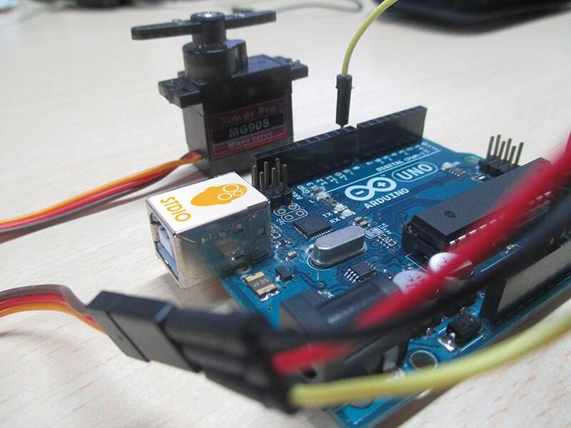 Trình điều khiển PWM của motor Servo Arduino và PCA9685